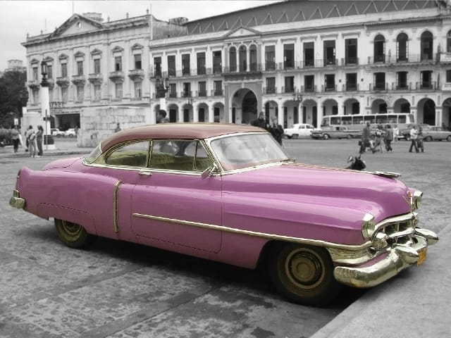 cars-car-picture-pink-classic-cuba-fujur-photo1