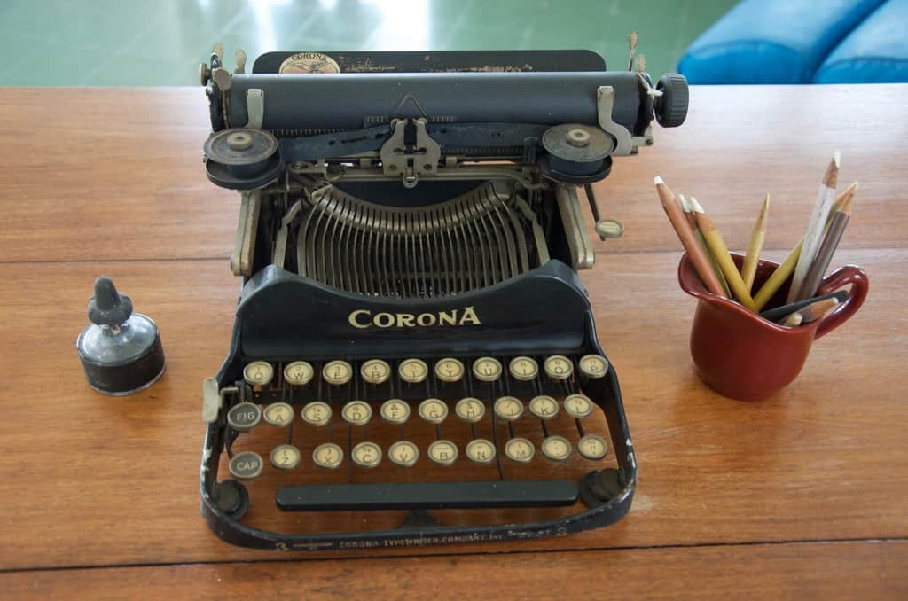Hemingway's typewriter that still sits on his desk in Havana
