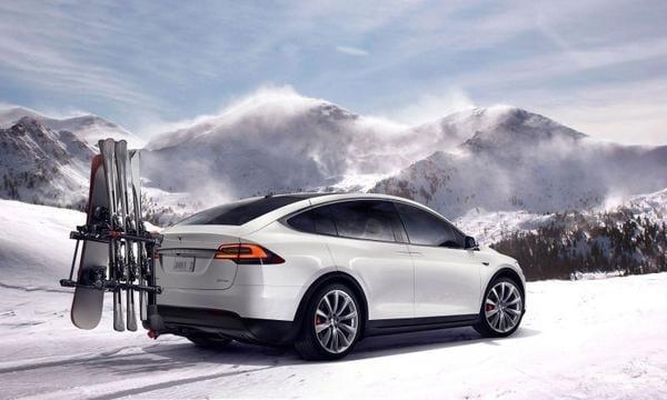 Tesla-Model-X-snow_grande