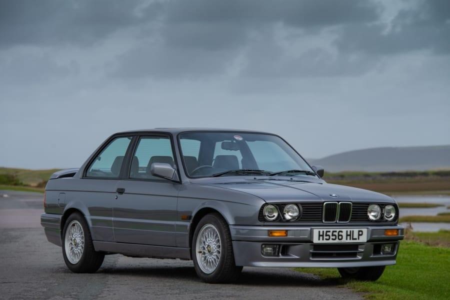BMW-325i(1)